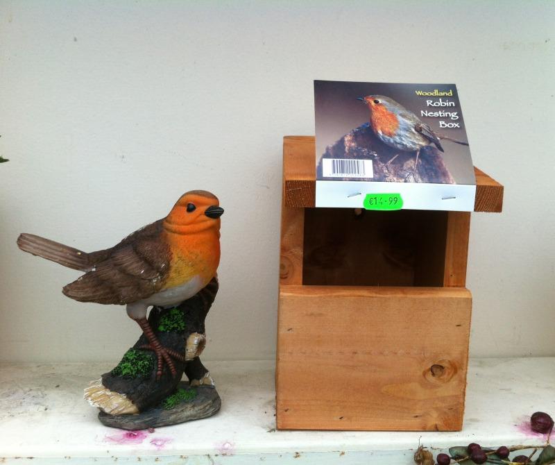 Robin Nesting Box