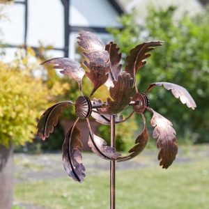 oak leaf wind spinner at beechmount garden centre